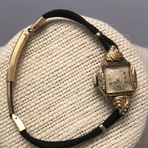 Vintage pesag 17 jewels Swiss 12k gold filled
